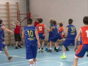 В Смоленске состоялся ежегодный детский турнир по баскетболу