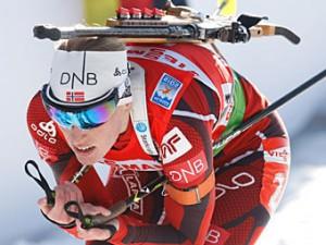 Норвежская биатлонистка завоевала второе золото ЧМ-2012