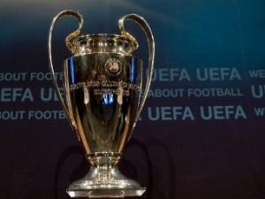 «Милан» сыграет с «Барселоной» в 1/4 финала Лиги чемпионов