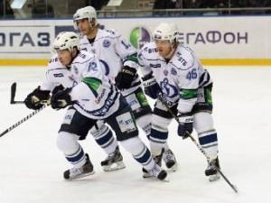 «Динамо» сравняло счет в серии плей-офф КХЛ с «Торпедо»