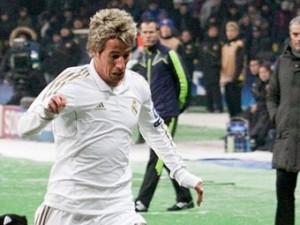 Моуринью лишил футболиста-курильщика места в составе