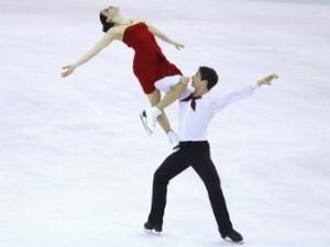 Канадцы Вирту и Мойр выиграли «золото» в танцах на ЧМ по фигурному катанию
