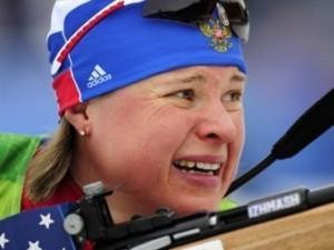 Тренер российских биатлонисток назвал виновницу провала в эстафете