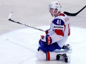 Хоккеист сборной Норвегии обошел Малкина в споре бомбардиров ЧМ-2012