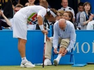 Ранивший судью теннисист избежал дополнительного наказания