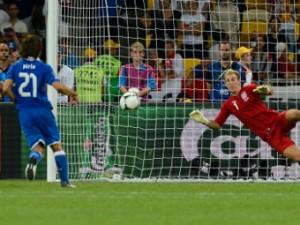 Пирло объяснил издевательский пенальти в ворота англичан