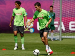 Фабрегас сравнил сборную Португалии с мадридским «Реалом»