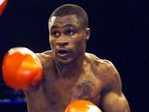 Бывший чемпион мира по боксу возобновит карьеру после паузы в 11 лет