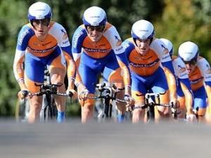 Голландский банк разорвет контракт с велокомандой из-за допингового скандала