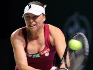 Вера Звонарева потеряла 45 позиций в теннисном рейтинге