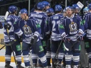Аутсайдер КХЛ выиграл третий матч подряд