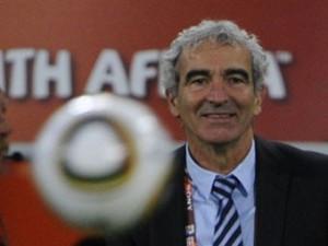 Бывший тренер сборной Франции назвал футболистов «кучкой имбецилов»