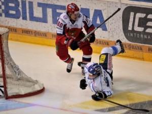 Российские хоккеисты стартовали в Кубке Карьяла с поражения