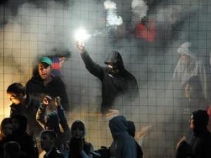 Депутаты предложили отправлять фанатов-хулиганов на обязательные работы