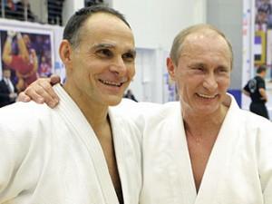 Путин назвал условия работы иностранных тренеров в России