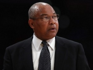 «Лейкерс» одержали вторую победу после отставки тренера