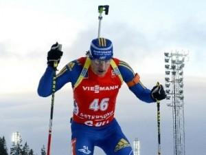 Российский биатлонист сломал лыжную палку сопернику