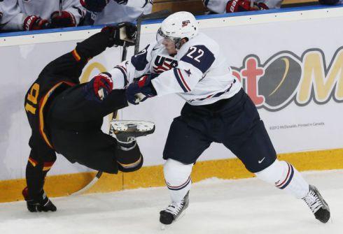 Канадцы недоумевают: матч России — и без аншлага!