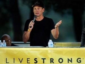 Лэнс Армстронг извинился перед носившим его имя благотворительным фондом