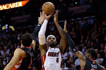 Леброн Джеймс сделал трипл-дабл в матче НБА