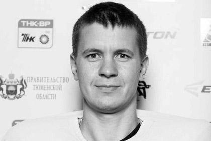 В Тюмени хоккейный вратарь умер во время матча