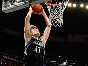 Кириленко набрал 21 очко в матче НБА