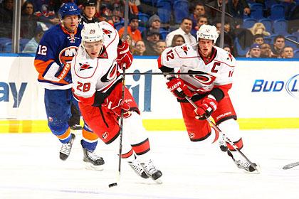 Нападающий сборной России набрал три очка в матче НХЛ