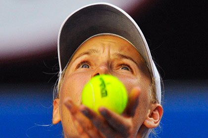 Каролин Возняцки вернулась в первую десятку теннисного рейтинга