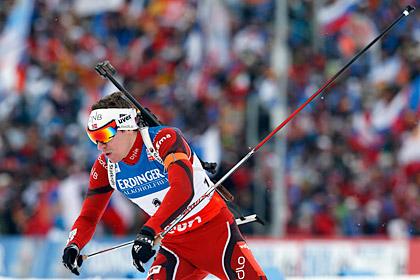 Норвежский биатлонист лишился шанса взять все золото ЧМ