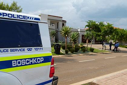 В дом Писториуса за два часа до убийства вызывали полицию