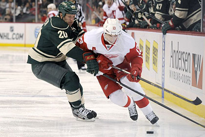 Дацюк набрал два очка в проигранном матче НХЛ