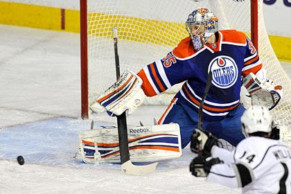Хабибулин отразил 35 бросков в матче НХЛ