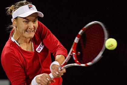 Российская теннисистка вышла в 1/4 финала турнира в Дубае