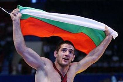 Олимпийский чемпион решил вернуть золотую медаль в МОК