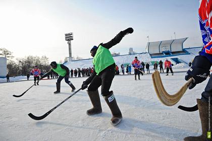Африканцы в Екатеринбурге сыграли в хоккей в валенках