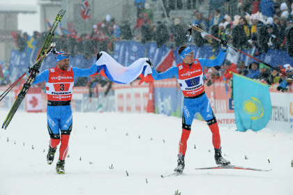 Российские лыжники выиграли золото в командом спринте на ЧМ