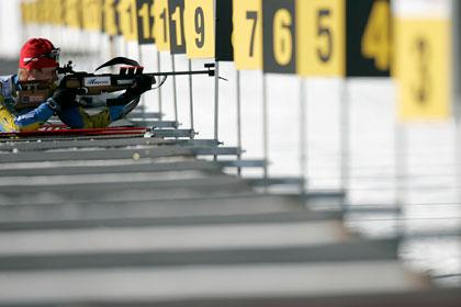 Гонку чемпионата Европы по биатлону провели с третьего раза