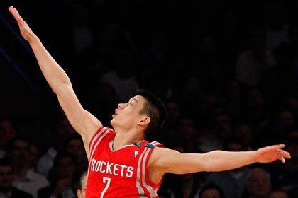 Клуб НБА повторил рекорд по трехочковым