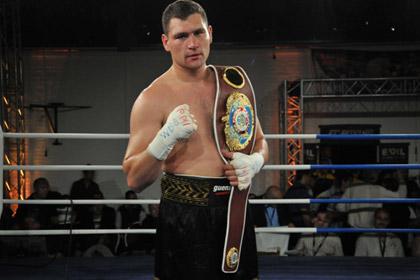 Российский боксер проведет претендентский бой
