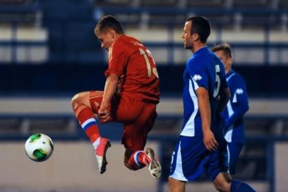 Сборная России по футболу выиграла свой первый матч 2013 года