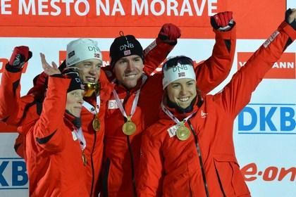 Сборная Норвегии по биатлону пришла первой в смешанной эстафете