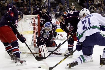 Российский вратарь отразил 37 бросков в матче НХЛ