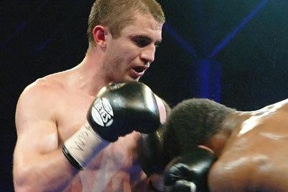 Российский чемпион мира потребовал реванша у американского боксера