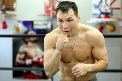Российский боксер подаст протест на судейство чемпионского боя