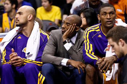«Лейкерс» без Коби Брайанта уступили аутсайдеру НБА