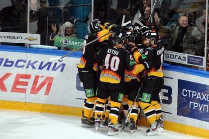 «Северсталь» победила «Локомотив» в 1/8 финала плей-офф КХЛ