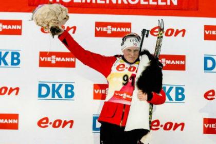 Тура Бергер обеспечила себе победу в Кубке мира по биатлону
