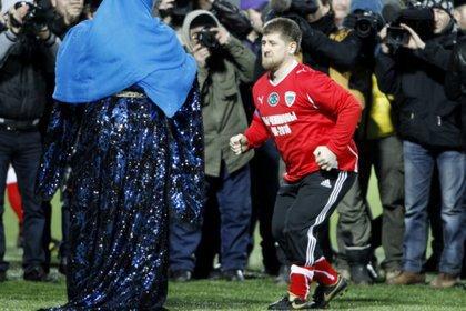 Кадырова лишат микрофона на матче в Махачкале
