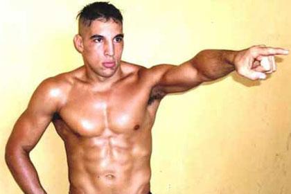 Аргентинский боксер провел взвешивание без трусов