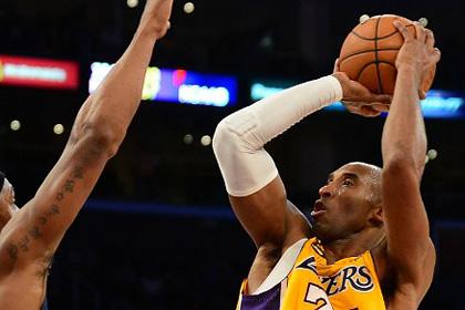 Травмированный баскетболист набрал 42 очка в матче НБА